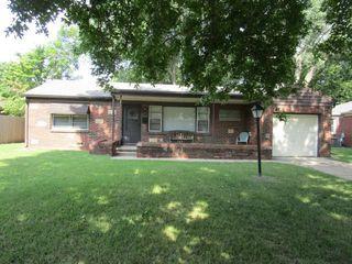 2251 S Fountain Ave, Wichita, KS 67218