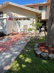 2861 N 38th Ave, Hollywood, FL 33021