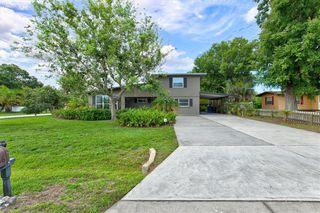 836 Cypress Ave, Venice, FL 34285