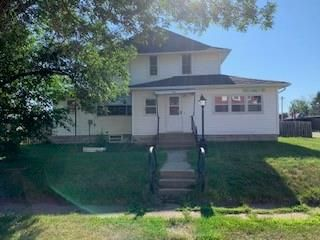 314 3rd Ave N, Oxford Junction, IA 52323
