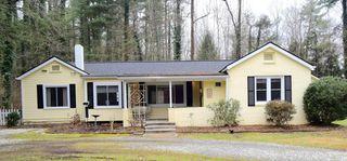 212 Silver Pine Dr, Hendersonville, NC 28739