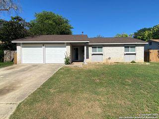 5858 Cliff Walk Dr, San Antonio, TX 78250