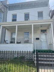 66 Rose Ave, Jersey City, NJ 07305