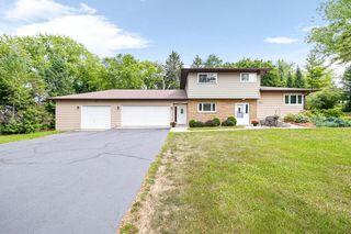 103 S Oakridge Dr, North Prairie, WI 53153