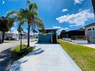 2041 Nettles Blvd, Jensen Beach, FL 34957