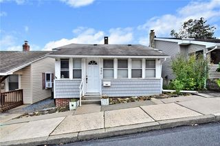 880 Edgemont Ave, Palmerton, PA 18071