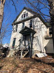 2111 Hollister Ave #1, Scranton, PA 18508