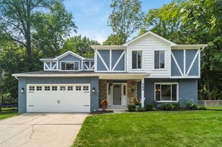 565 S Spring Rd, Westerville, OH 43081