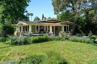 1680 Las Lunas St, Pasadena, CA 91106