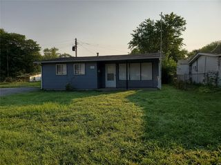 1323 Saint Zita Ln, Cahokia, IL 62206