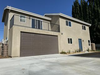 19527 Elkwood St, Reseda, CA 91335