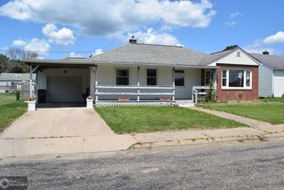 26 Storms Ct, Fort Madison, IA 52627