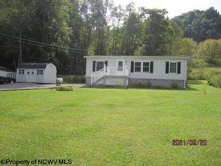 115 Greywolf Rd, Elkins, WV 26241