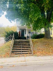 78 College Ave, Factoryville, PA 18419