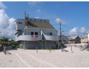131 Taylor Ave, Plymouth, MA 02360