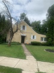355 Greenvale Rd, South Euclid, OH 44121