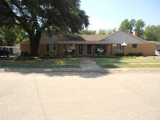 115 E Pierce St #117, Winters, TX 79567