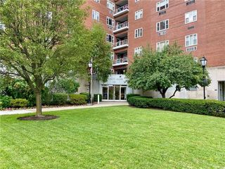 4625 5th Ave #504, Pittsburgh, PA 15213