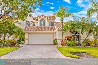 524 W Palm Aire Dr, Pompano Beach, FL 33069