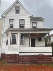 1606 10th St, Altoona, PA 16601