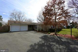 13307 Poplar Tree Rd, Fairfax, VA 22033