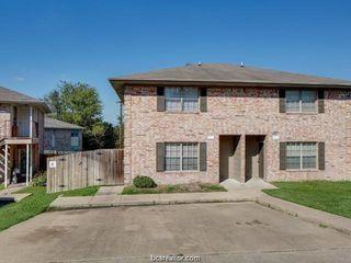 1205 Vinyard Ct #A-B, College Station, TX 77840
