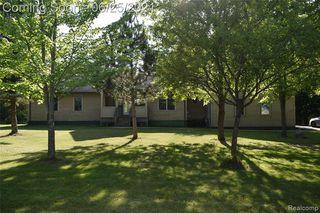 7637 Wheeler Dr, Whitmore Lake, MI 48189