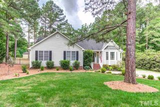 2048 Queen Charlotte Pl, Raleigh, NC 27610