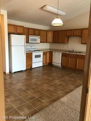 3500 8th Ave S #303, Moorhead, MN 56560