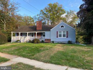 519 Sutherland Rd, Trenton, NJ 08618