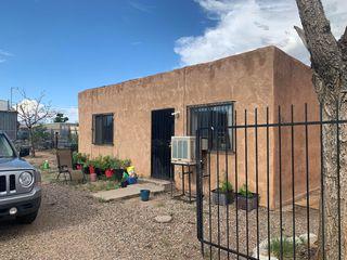 1618 8th St NW, Albuquerque, NM 87102