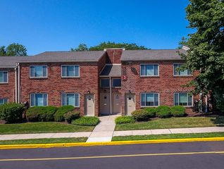 1801 E Old Lincoln Hwy, Langhorne, PA 19047