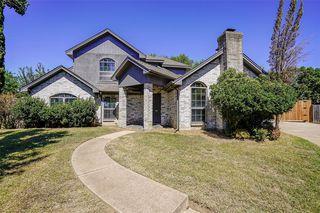7021 Oakfield Corner Ct, North Richland Hills, TX 76182