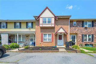 7545 Buttercup Rd, Macungie, PA 18062