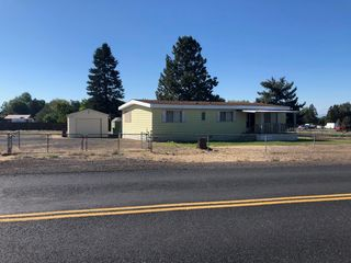 2155 NW 35th St, Redmond, OR 97756