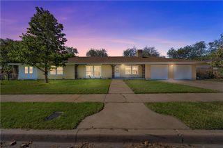 921 Camp Dr, Waco, TX 76710