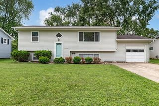 151 Cherokee Dr, Westerville, OH 43081
