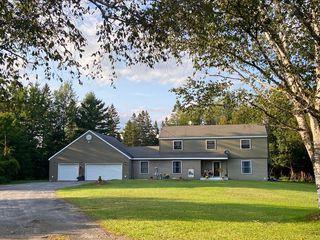 12 Winebrook Cir, Newcomb, NY 12852