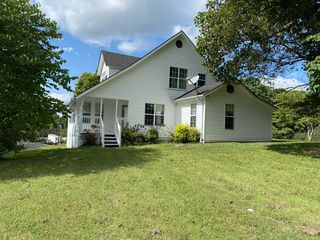 35 Hume Dr, Stearns, KY 42647
