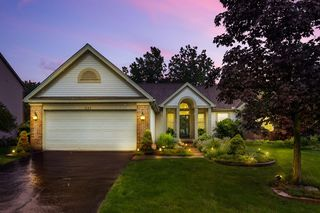 1623 Westwood Dr, Lewis Center, OH 43035