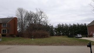 5584 Oak View Dr, Maineville, OH 45039