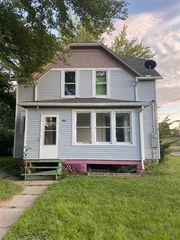 401 E 3rd St, Madison, NE 68748