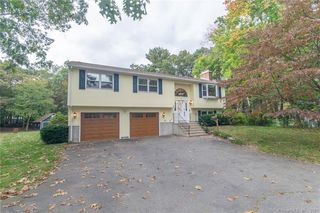 5 Sherwin Dr, Enfield, CT 06082