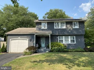 627 Old Orchard Rd, Cherry Hill, NJ 08003