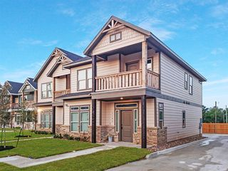 910 Montclair Ave, College Station, TX 77840