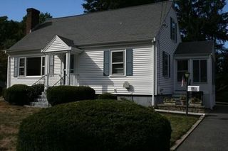 7 Valley Rd, Natick, MA 01760