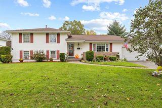 101 Edgebrook Ln, Rochester, NY 14617
