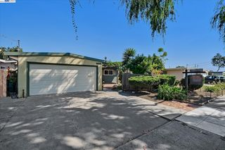 28368 Rochelle Ave, Hayward, CA 94544