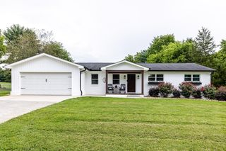 907 Laurie St, Maryville, TN 37803