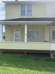 916 Wissinger Rd, Windber, PA 15963